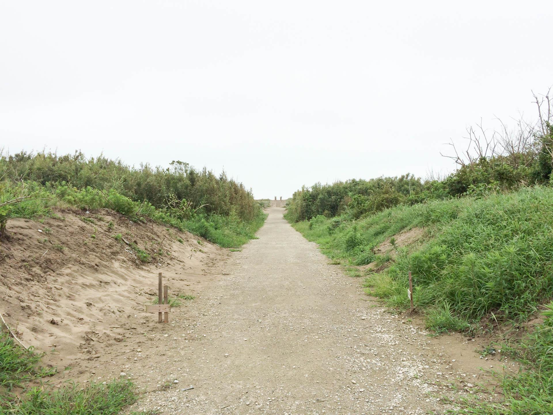 九十九里シーサイドオートキャンプ場は歩いて海まですぐ