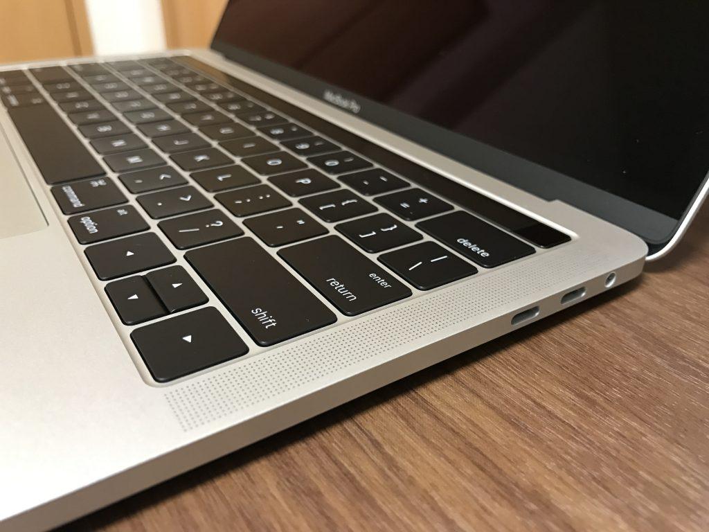 macbookpro201631