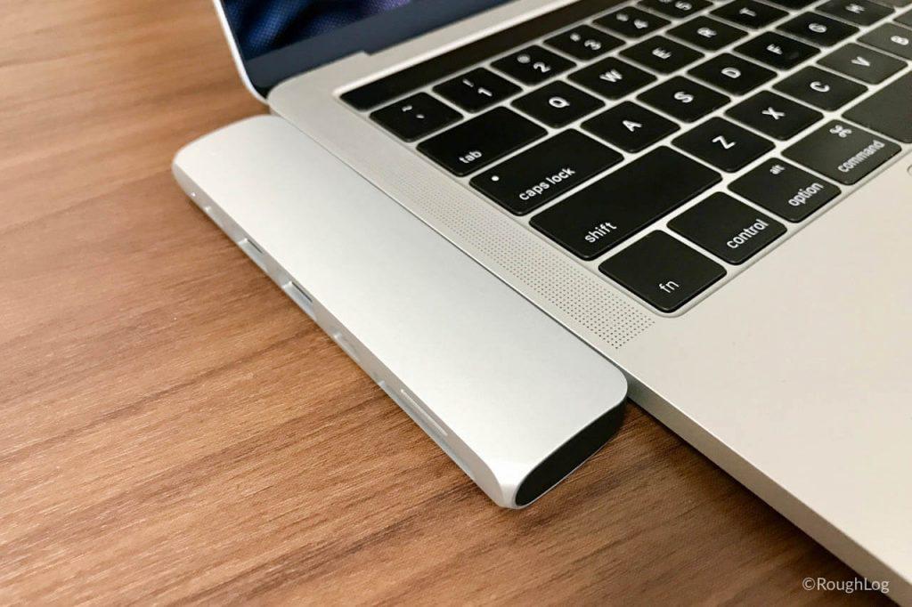 Satechi USB Type-C ProハブをMacBook Proに接続