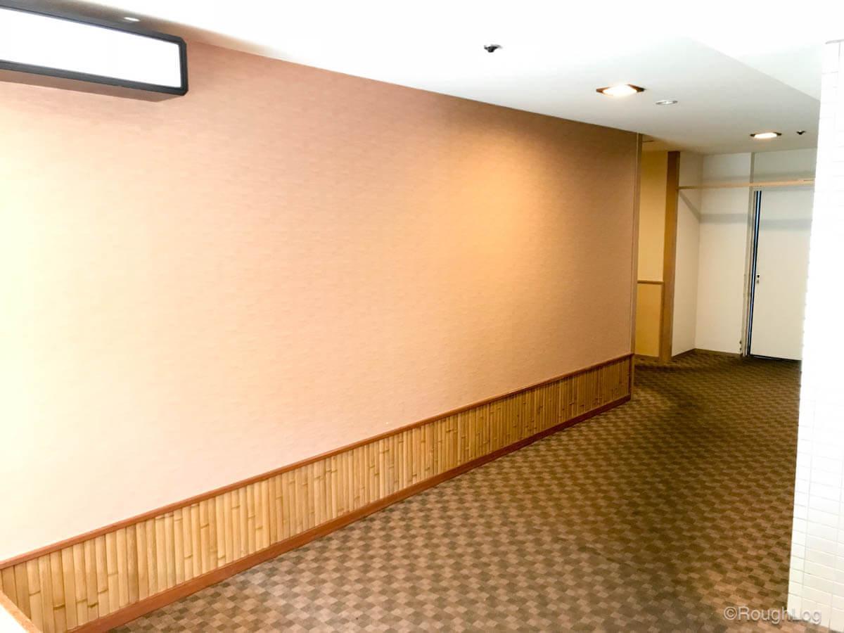 箱根 ホテルおかだ 廊下