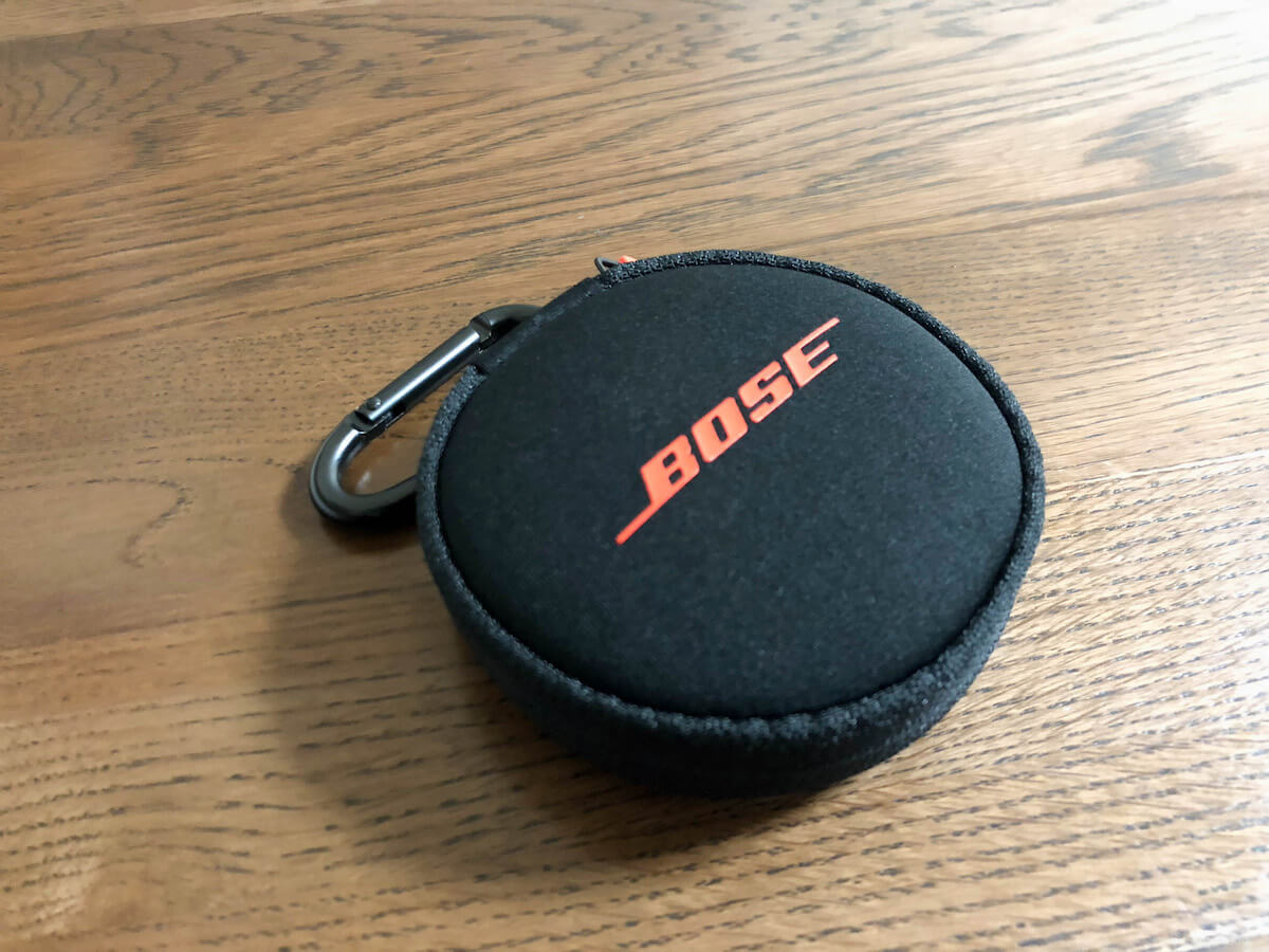 BOSE SoundSport Pulse wireless headphonesキャリングケース