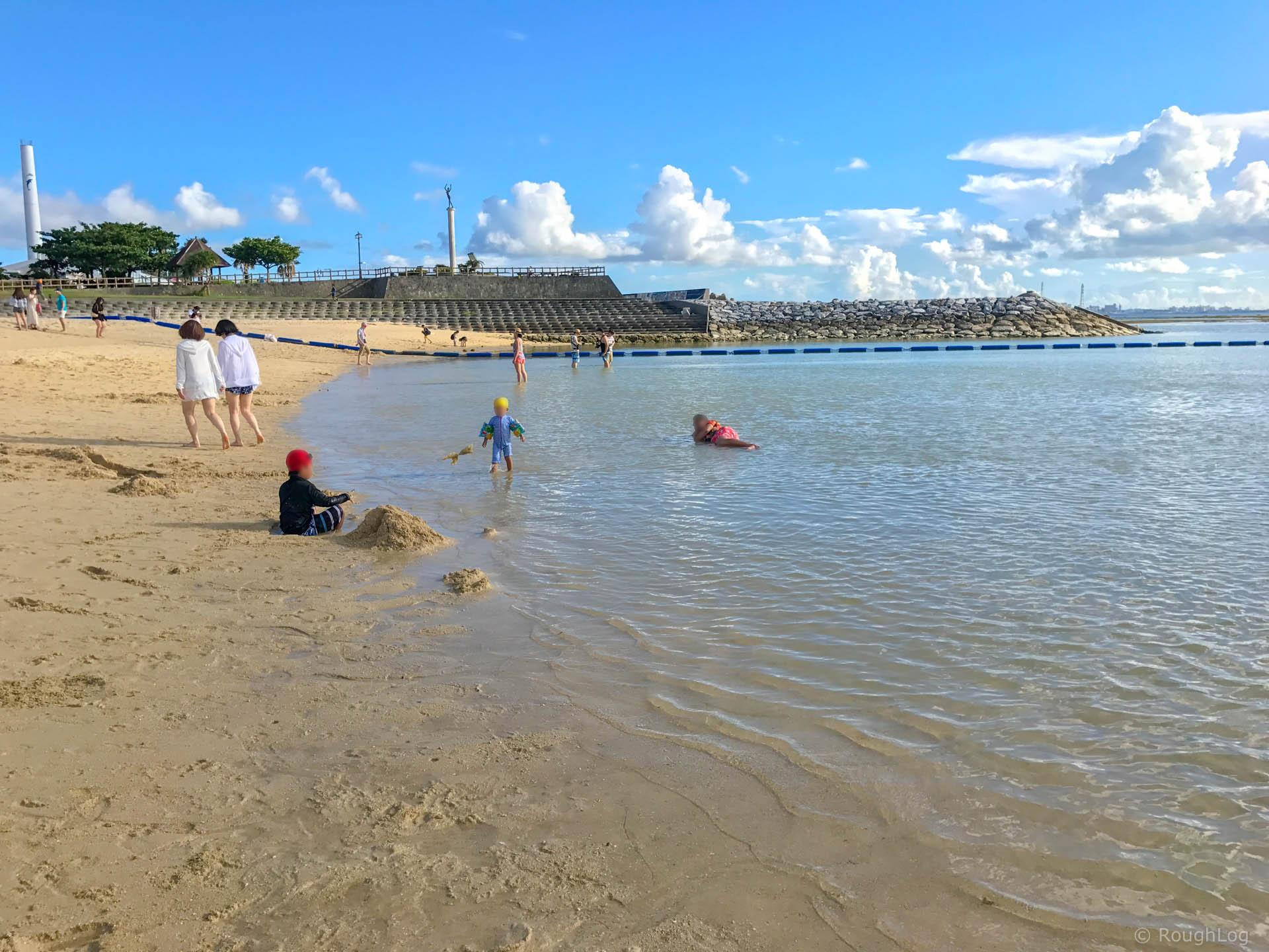 ザ・ビーチタワー沖縄前のビーチ