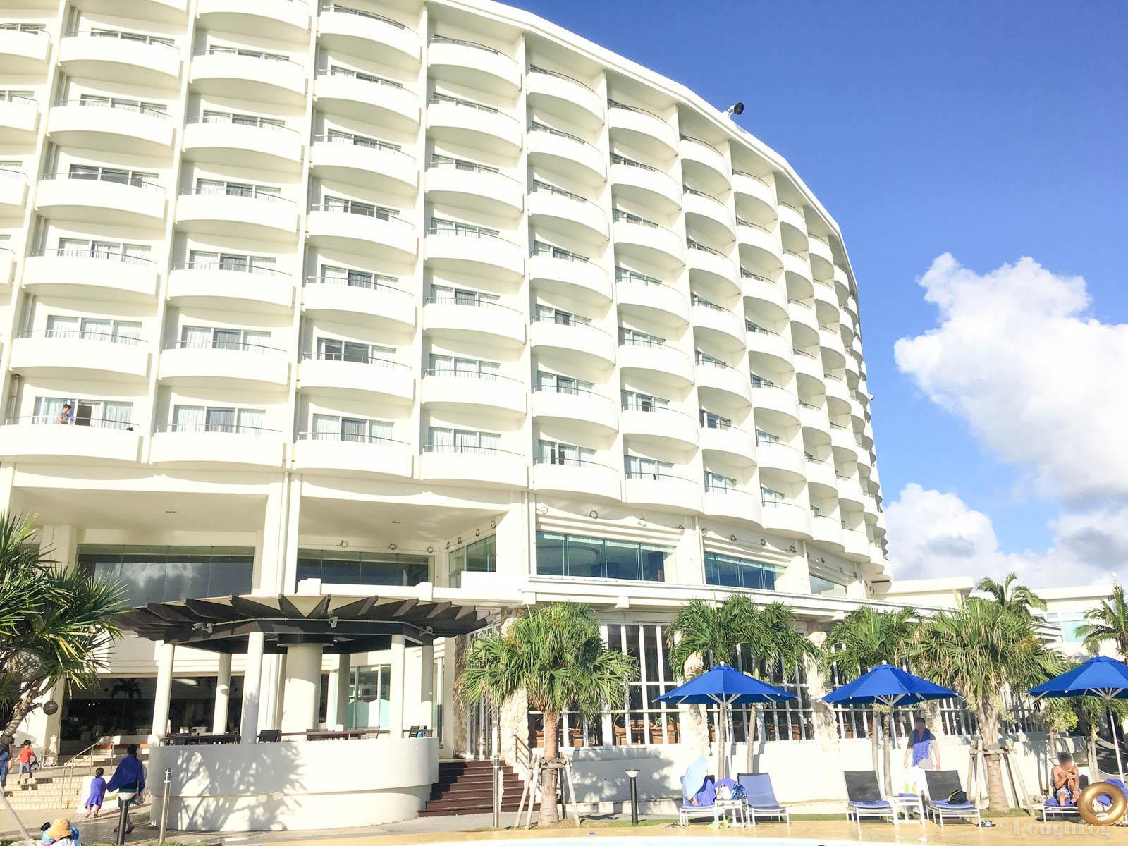 ANAインターコンチネンタル万座ビーチリゾートホテルの外観