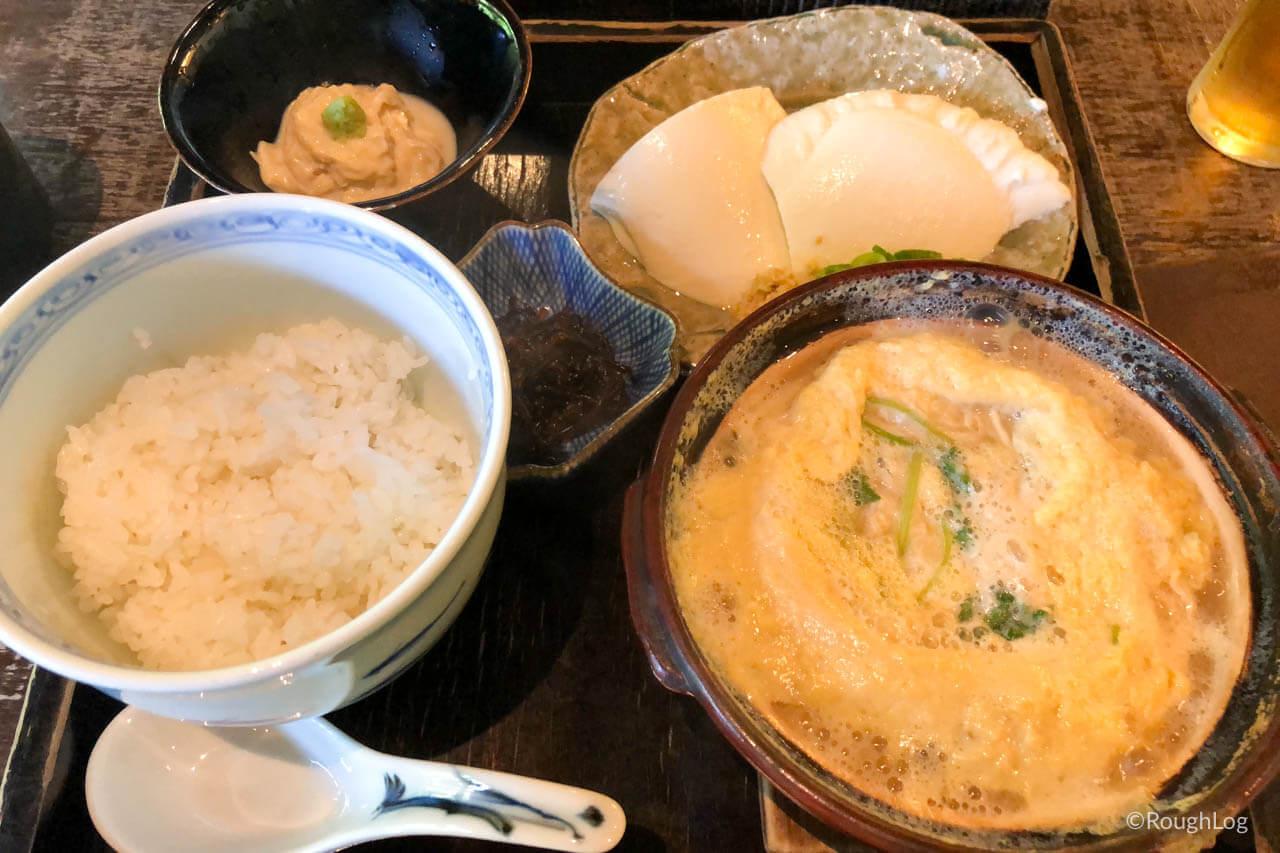 箱根「湯葉丼 直吉」の湯葉丼+湯葉刺しセット