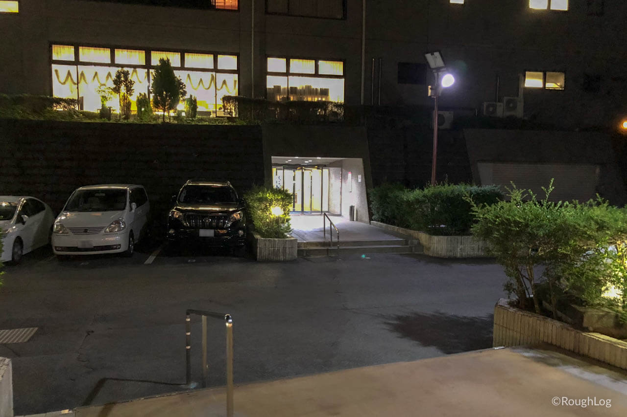 リ・カーヴ箱根の北館から南館へ移動