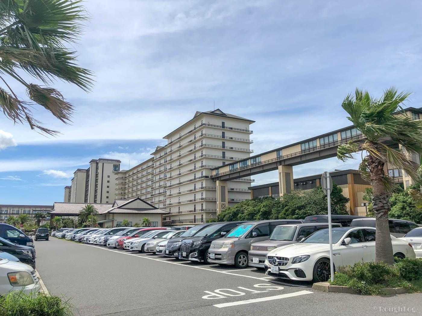 龍宮城スパホテル三日月の富士見亭と龍宮亭