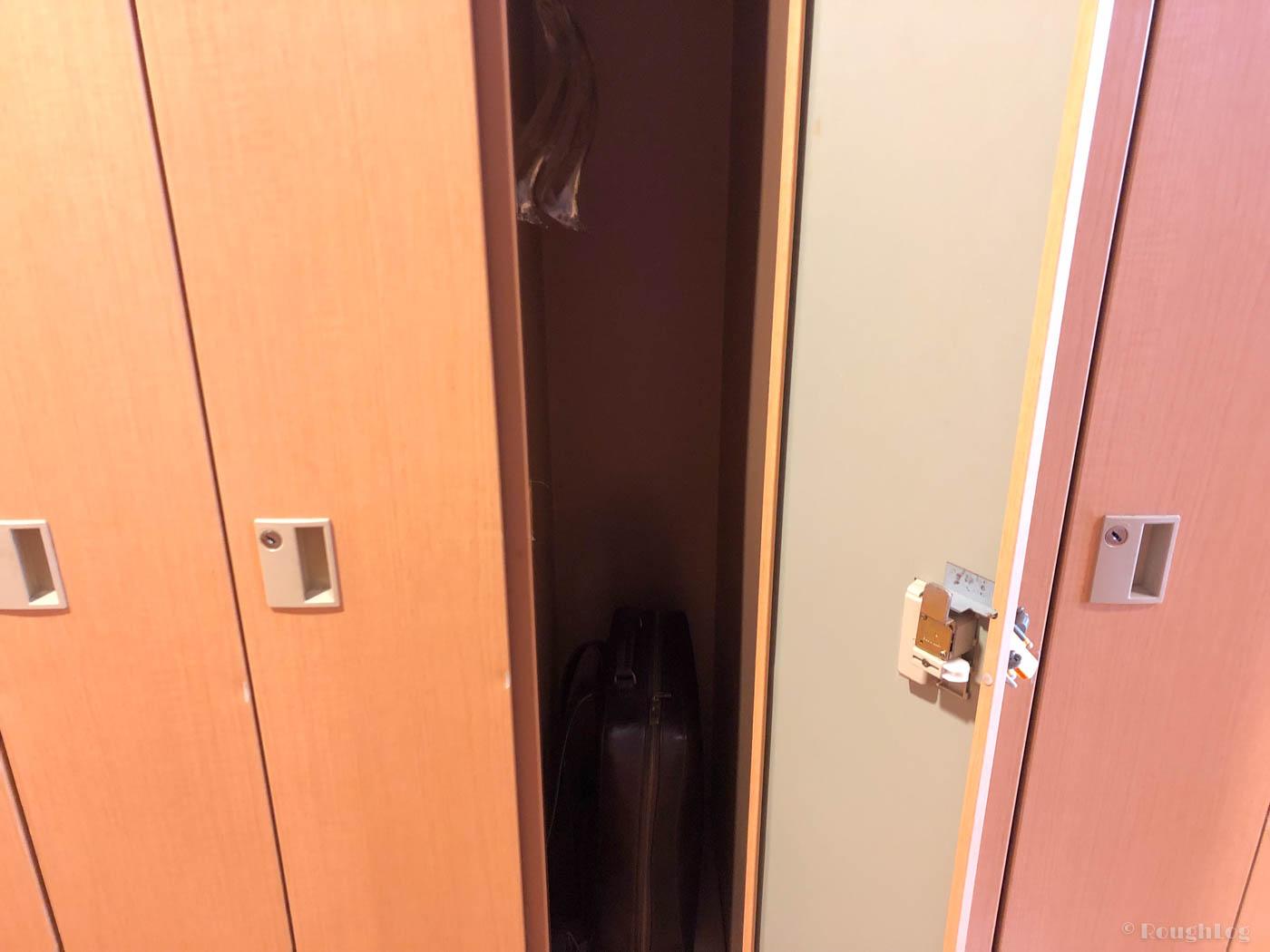 龍宮城スパホテル三日月の更衣室