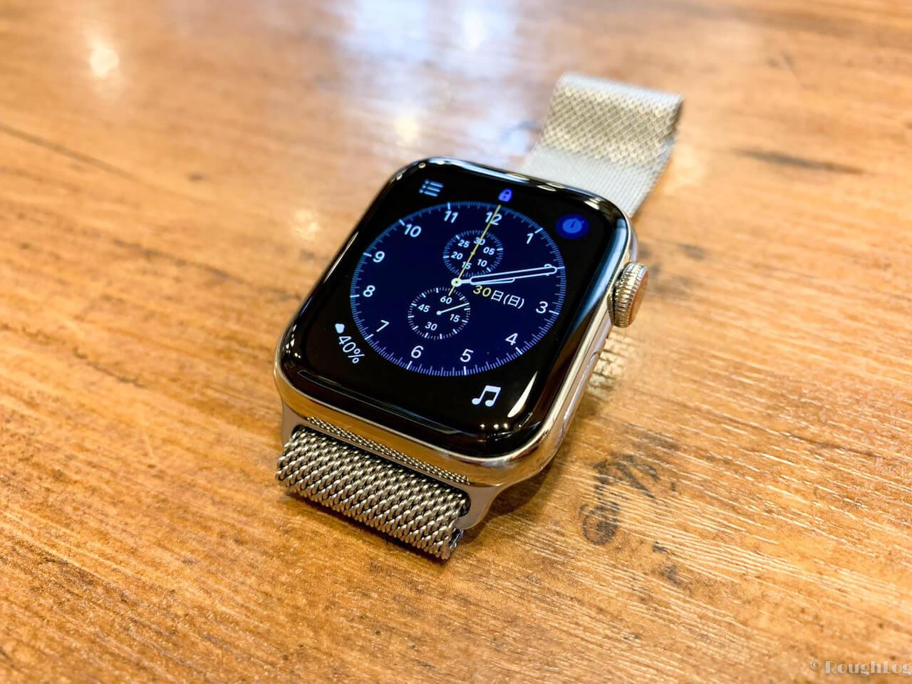 セルラーモデルを選んで大正解。Apple Watchのステンレススチールはオンオフ使いやすい美しさ。
