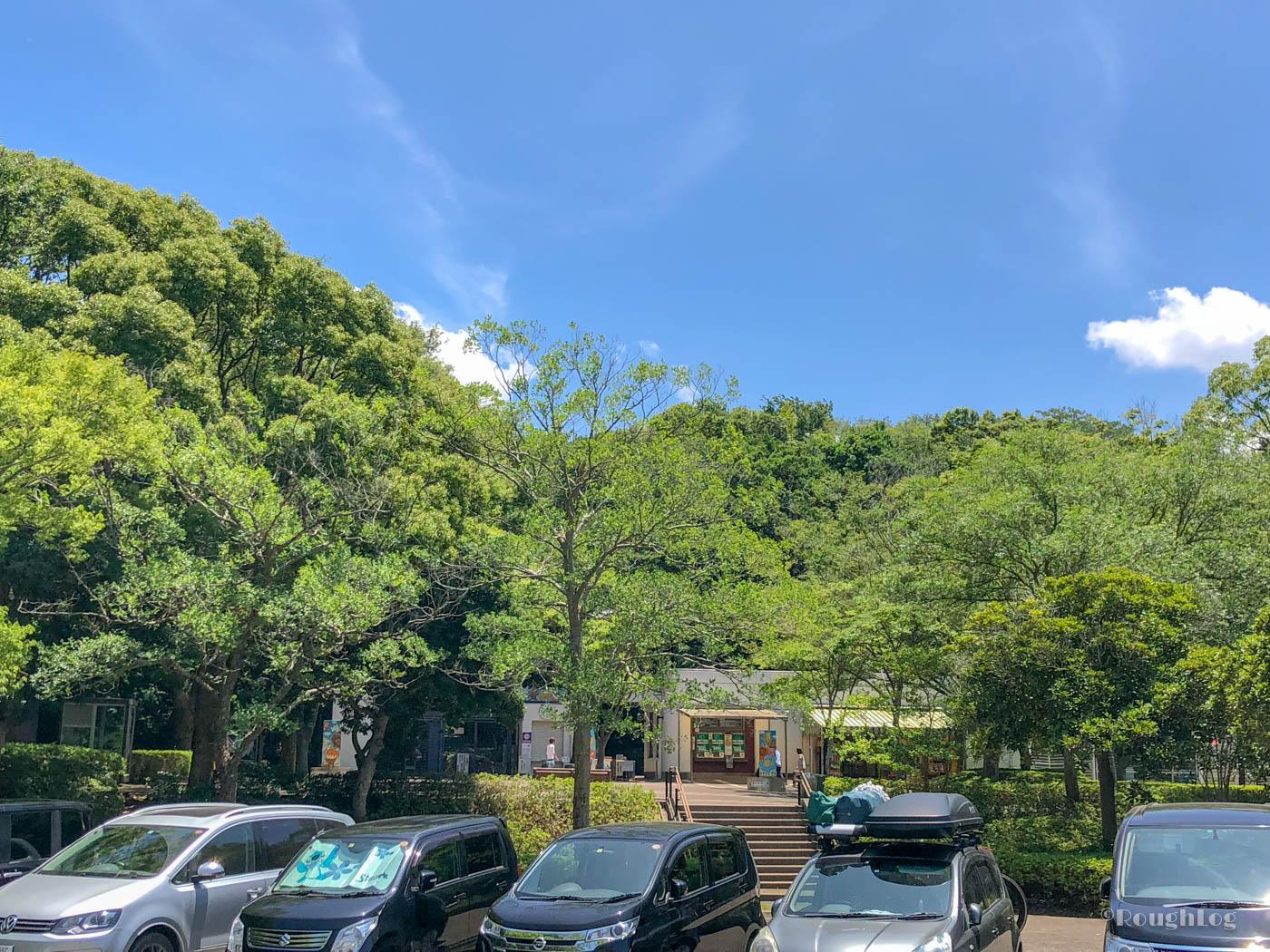 千葉市動物公園の駐車場は普通車700円