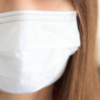 喉が痛い時にマスクしたまま寝るメリット・デメリット