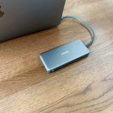 Anker 7-in-1 プレミアム USB-CハブにMacBook Airを接続