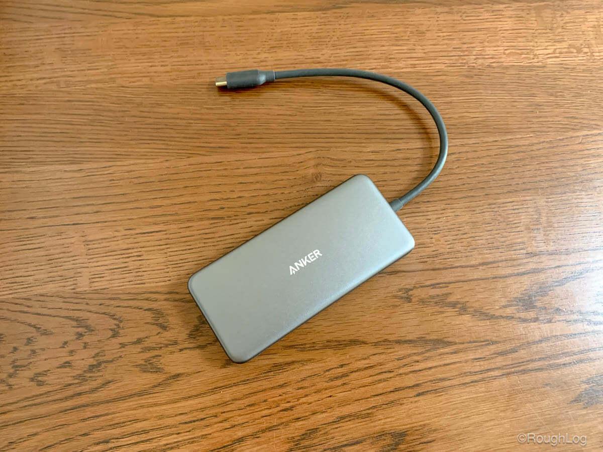 Anker 7-in-1 プレミアム USB-Cハブはシンプルなアルミデザイン