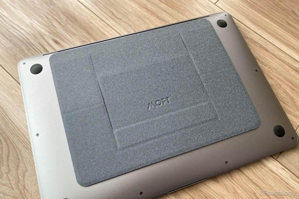 MacBook AirにMOFTを貼り付け