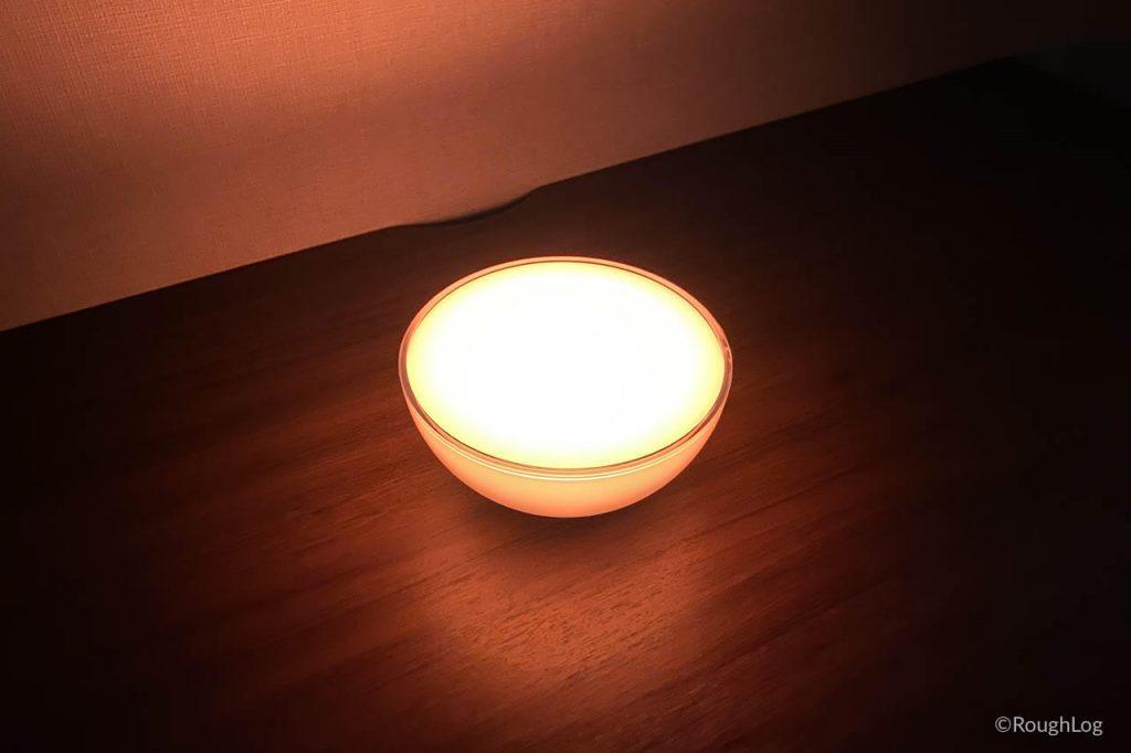 暖色に光るHue Goのくつろぎモード