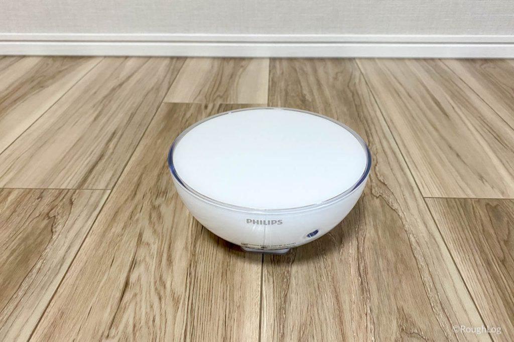 Philips Hue Goは片手で持てるコンパクトなケースにLEDライトとバッテリーが内蔵されている