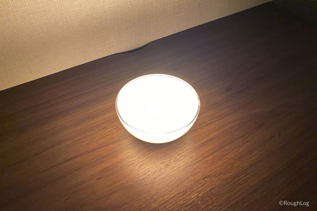 設置場所やHue Goで照らしたい方向にあわせて設置角度を変える