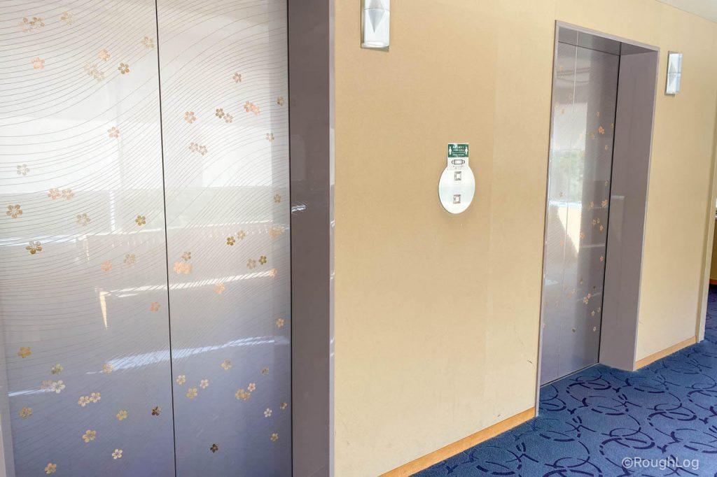 熱海後楽園ホテル(タワー館)のエレベーターホール前