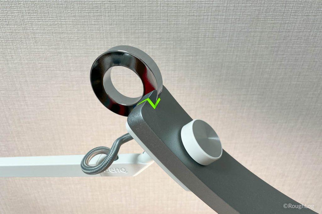 BenQ WiT アイケアLEDデスクライトのデジタル読書モードは緑に点灯