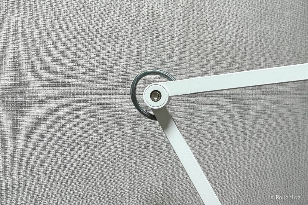 BenQ WiT アイケアLEDデスクライトは向き・角度を柔軟に調整可能