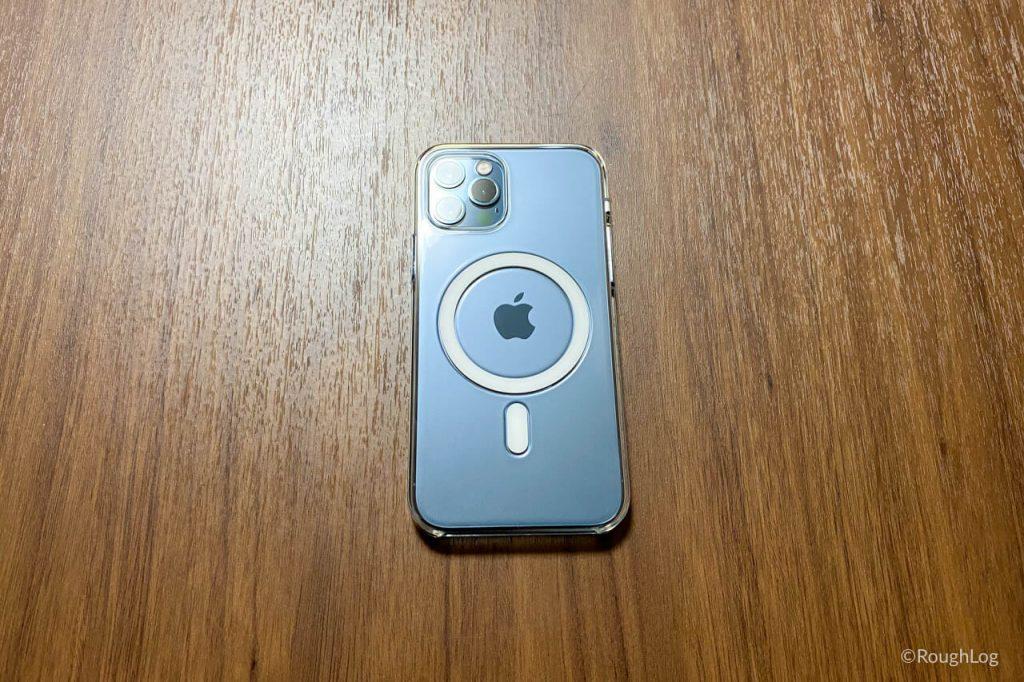 iPhone 12 Pro パシフィックブルーにMagSafe対応iPhoneクリアケースを装着